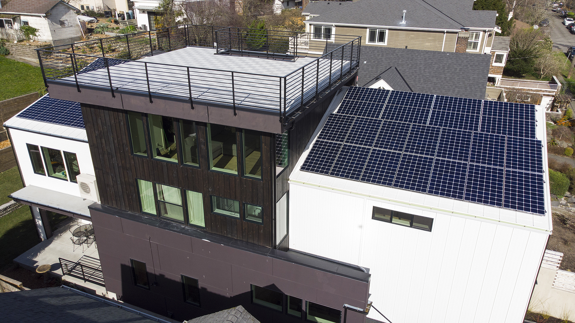 Newly built home in Seattle goes beyond Net Zero